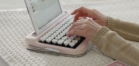 เครื่องพิมพ์ดีดพกพา02